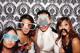 Wedding Photo Booth? 5 Reasons Why You Should Have One!